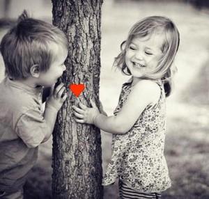 Valentínske srdiečko s deťmi